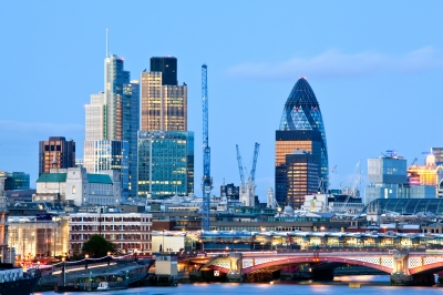 Invest in gold - London skyline