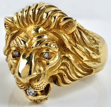 Elvis gold lion head ring